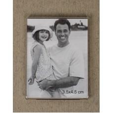 Magnetni okvir za fotografije velikosti 3,5 x 4,5 cm, za na hladilnik